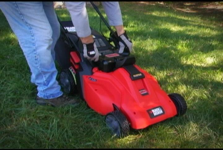 The 36V 19 in. Self-Propelled Mower | BLACK+DECKER